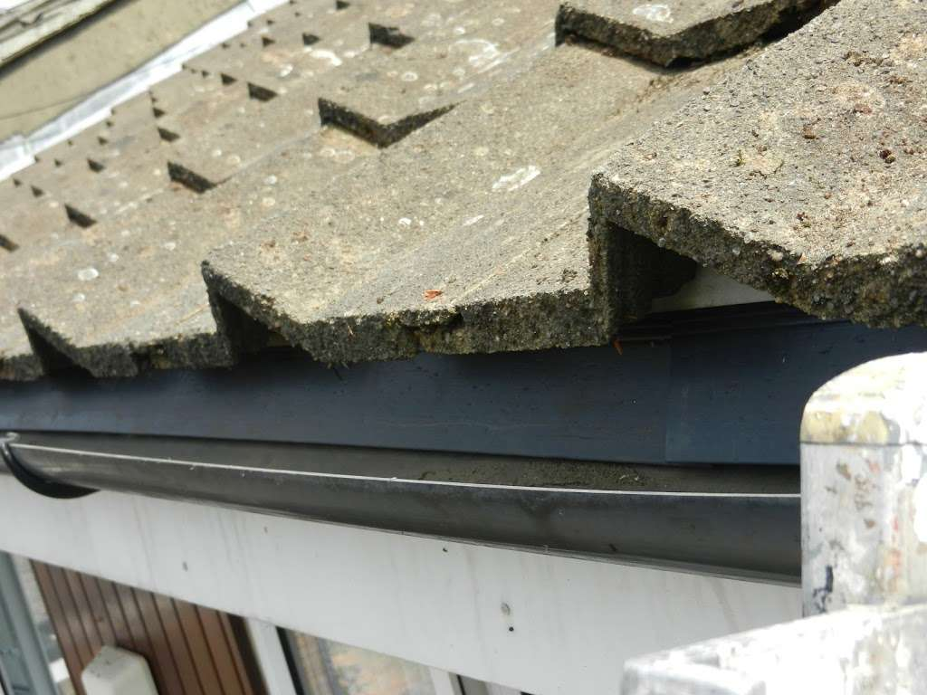 Homecare roofing services - roofing contractor  | Photo 4 of 10 | Address: 616 Limpsfield Rd, Wallingham, Warlingham CR6 9DS, UK | Phone: 020 3606 0341