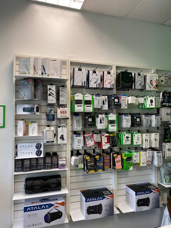 Cricket Wireless Authorized Retailer - store  | Photo 4 of 7 | Address: 4702 Nolensville Pike Ste. C, Nashville, TN 37211, USA | Phone: (615) 891-1648