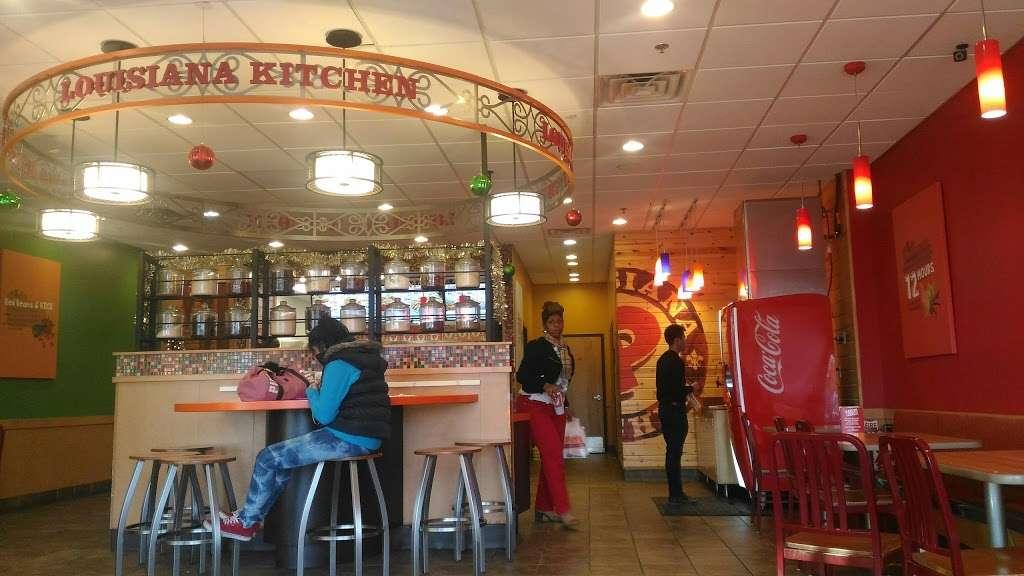 Popeyes Louisiana Kitchen - restaurant  | Photo 5 of 10 | Address: 237 Monmouth St, Jersey City, NJ 07302, USA | Phone: (201) 885-2085
