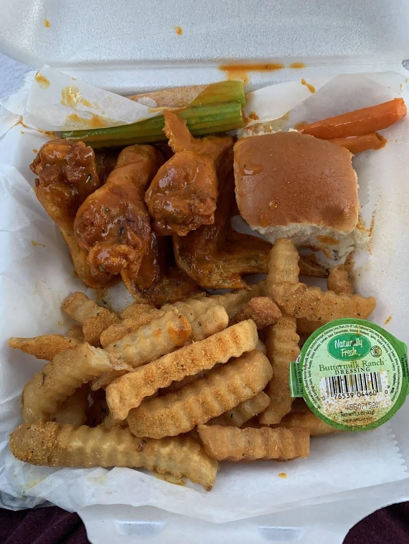 Crumpy's Hotwings - restaurant  | Photo 9 of 10 | Address: 4468 Glenwood Rd, Decatur, GA 30032, USA | Phone: (404) 800-5791
