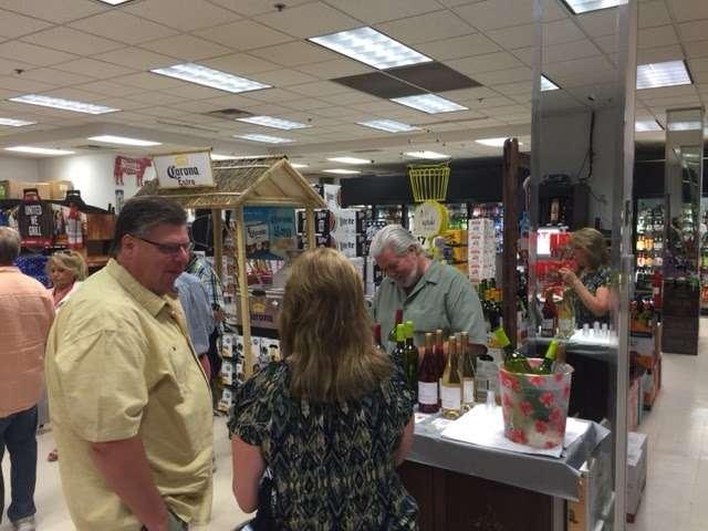 M&M Wine & Spirits - Liquor Store - store  | Photo 5 of 10 | Address: 429 Market St, Elmwood Park, NJ 07407, USA | Phone: (201) 796-6900