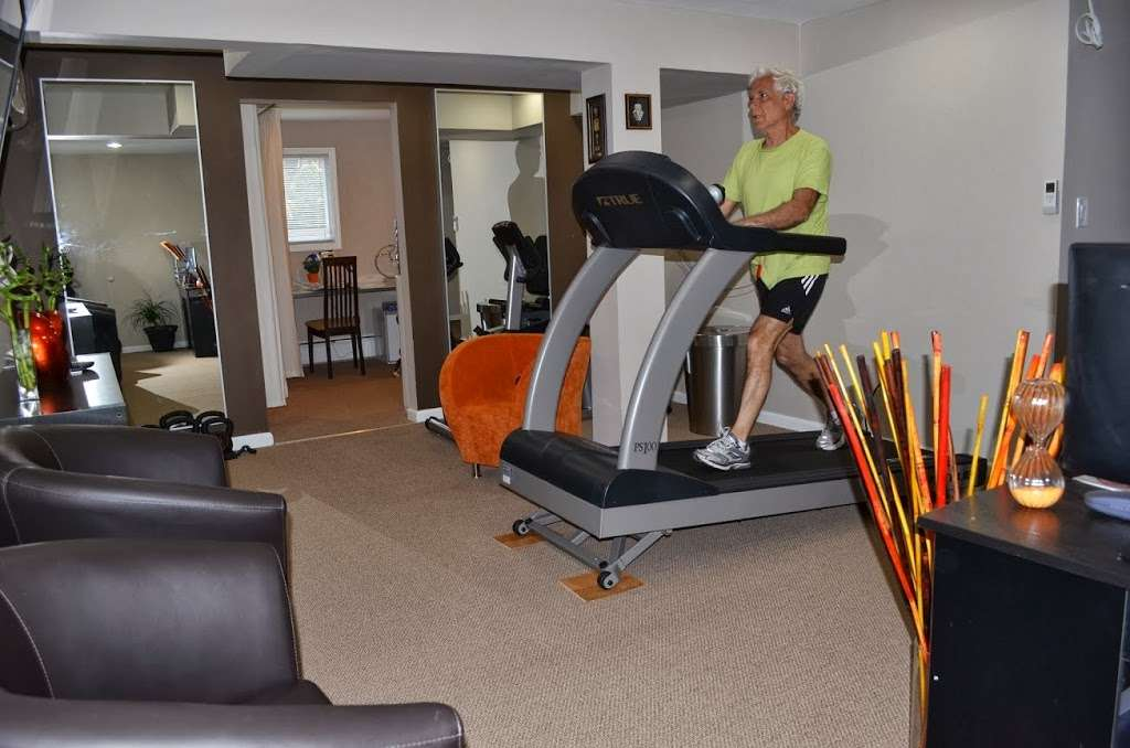 Apex Physical Therapy & Rehabilitation - health  | Photo 1 of 10 | Address: 986 East End, Woodmere, NY 11598, USA | Phone: (516) 522-0244