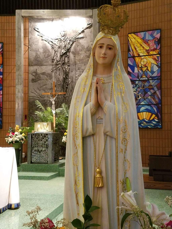 Holy Rosary Church - church    Photo 10 of 10   Address: 1510 Adee Ave, Bronx, NY 10469, USA   Phone: (718) 379-4432