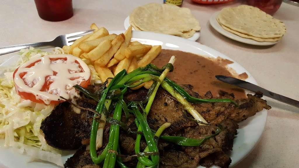 Sabor Centroamericano - restaurant  | Photo 6 of 10 | Address: 1304 Central Ave, Kansas City, KS 66102, USA | Phone: (913) 261-9181