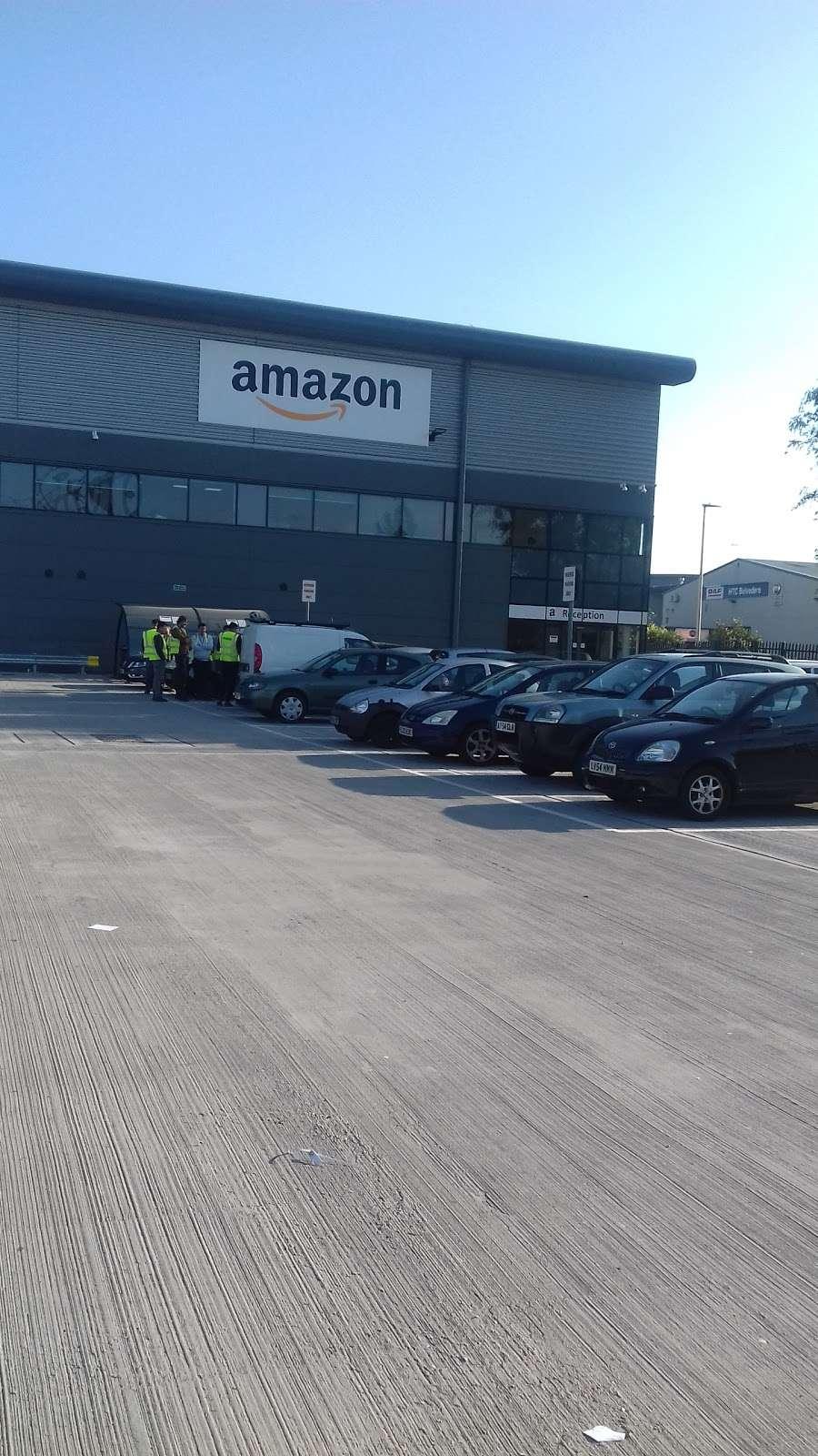 DBR1 Amazon Warehouse - storage    Photo 5 of 10   Address: 7 Crabtree Manorway N, Belvedere DA17 6AS, UK   Phone: 07468 087576