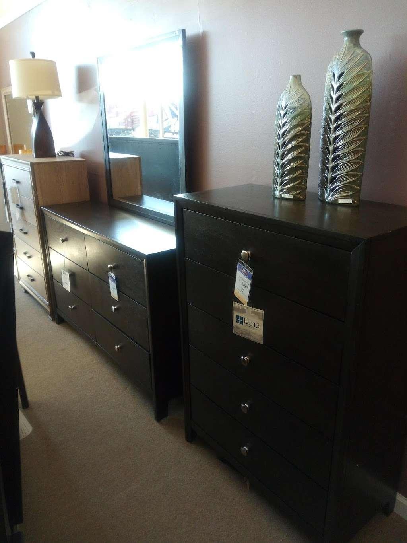 Farmers Home Furniture - furniture store  | Photo 5 of 7 | Address: 401 S Battleground Ave, Kings Mountain, NC 28086, USA | Phone: (704) 734-4770