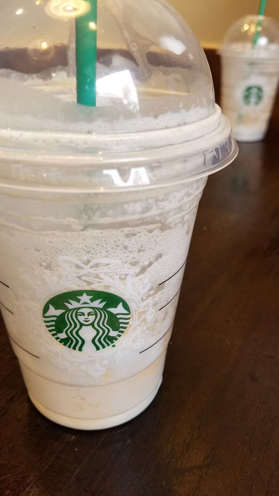 Starbucks - cafe  | Photo 10 of 10 | Address: 9955 Woodlands Pkwy, The Woodlands, TX 77382, USA | Phone: (281) 419-0329