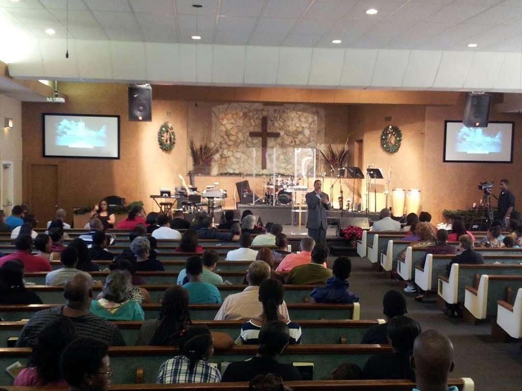 New Beginnings Church - church  | Photo 1 of 10 | Address: 8287 Curry Ford Rd, Orlando, FL 32822, USA | Phone: (407) 277-0454