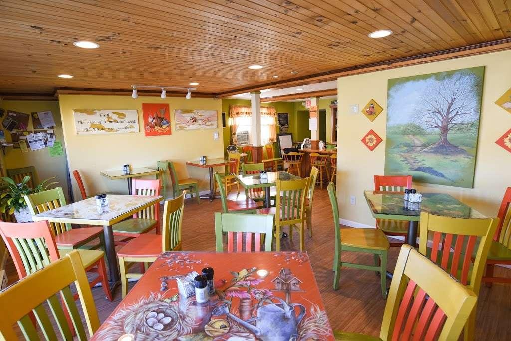 The Mustard Seed Cafe - cafe  | Photo 2 of 10 | Address: 233 Belmont St, Waymart, PA 18472, USA | Phone: (570) 488-7333