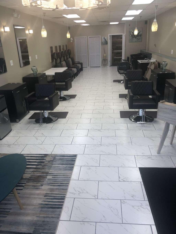 Primp and Paint Beauty Lounge Inc. - hair care    Photo 2 of 10   Address: 8 Towncenter Dr, University Park, IL 60484, USA   Phone: (708) 885-5120