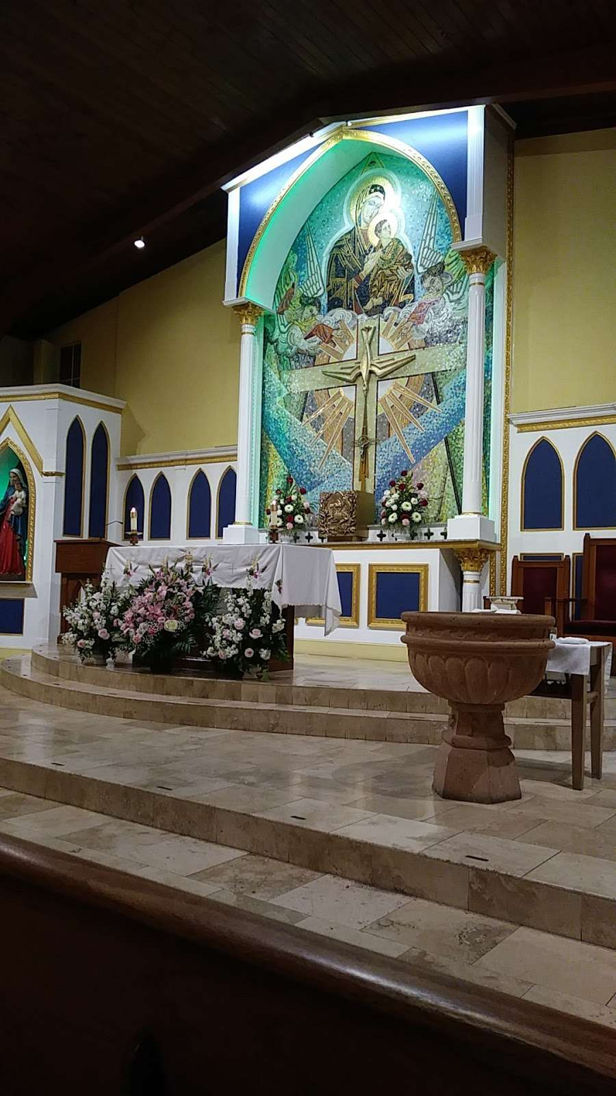 Our Lady of Perpetual Help Parish - church  | Photo 5 of 10 | Address: 7617 Cortland Ave, Dallas, TX 75235, USA | Phone: (214) 352-6012