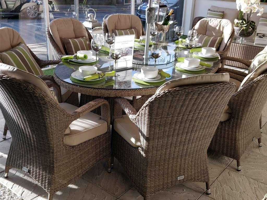 Moda Outdoor Furniture - furniture store    Photo 6 of 10   Address: 22-28 Godstone Rd, Caterham CR3 6RA, UK   Phone: 01883 708635