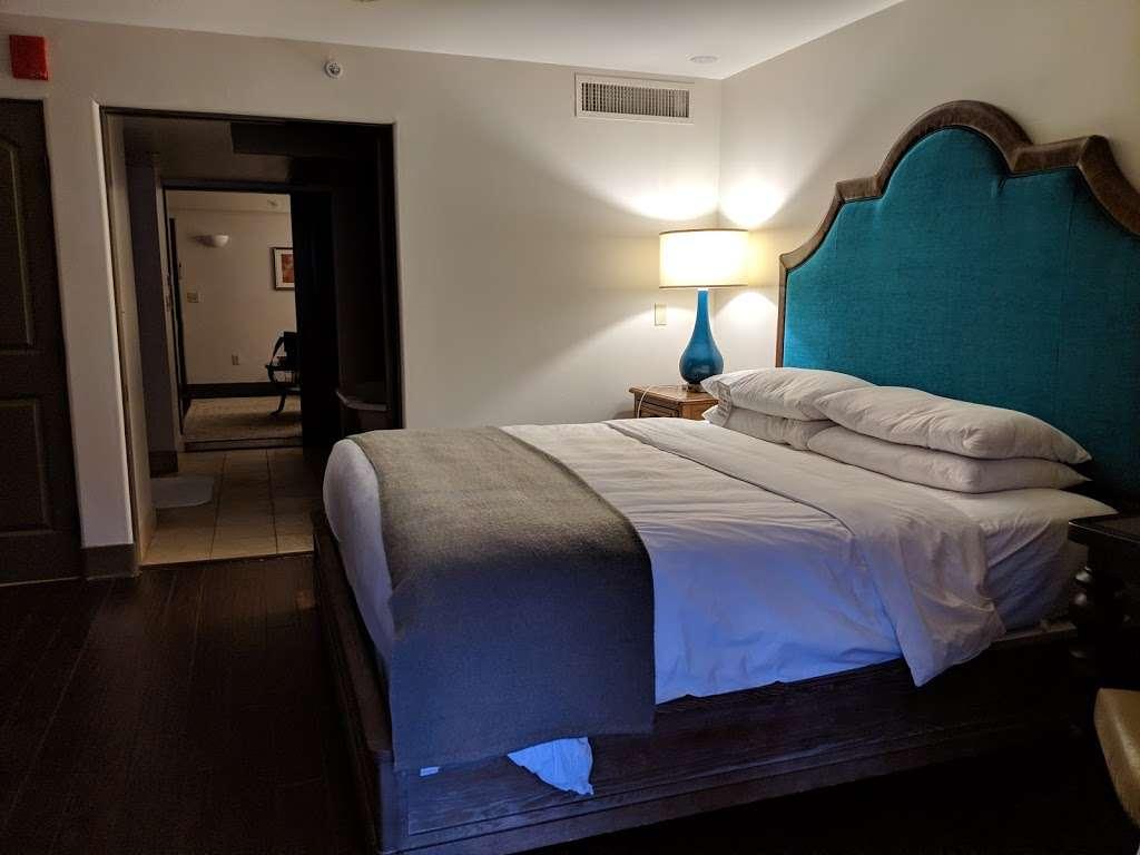Royal Palms Resort and Spa - lodging  | Photo 2 of 10 | Address: 5200 E Camelback Rd, Phoenix, AZ 85018, USA | Phone: (602) 283-1234