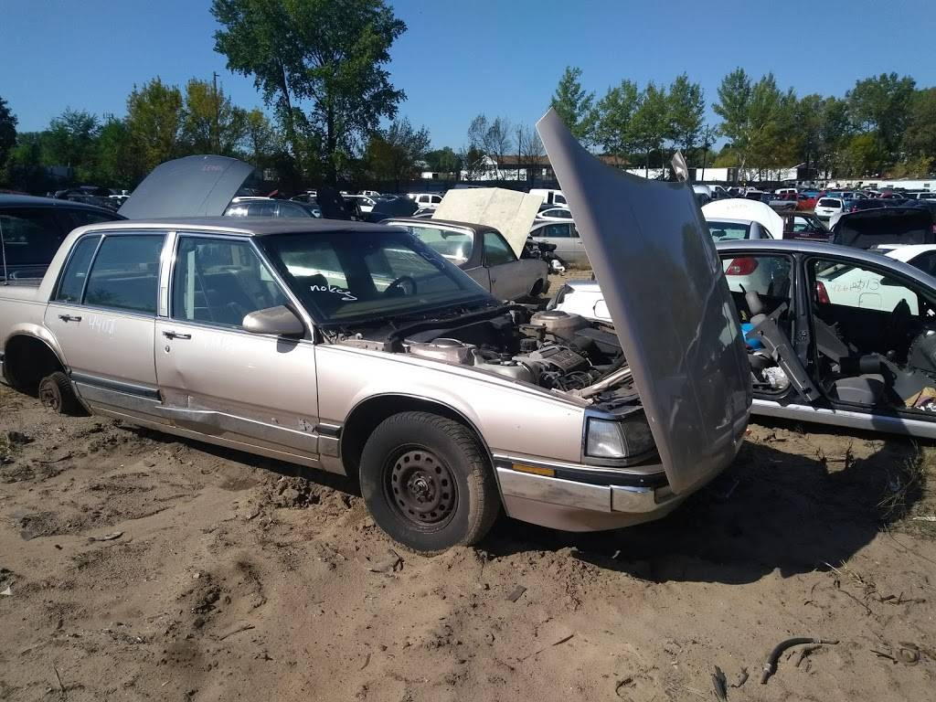 Highway 101 Auto Salvage Inc - car repair  | Photo 8 of 10 | Address: 9099 W Hwy 101 Frontage Rd, Savage, MN 55378, USA | Phone: (952) 445-7020