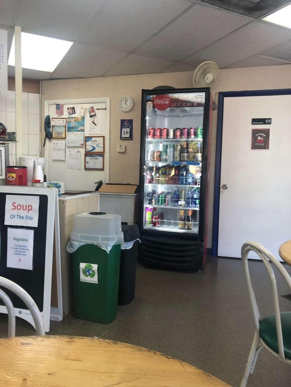 Dog Sled Deli - restaurant  | Photo 3 of 5 | Address: 3711 SW 47th Ave #208, Davie, FL 33314, USA | Phone: (954) 585-0588