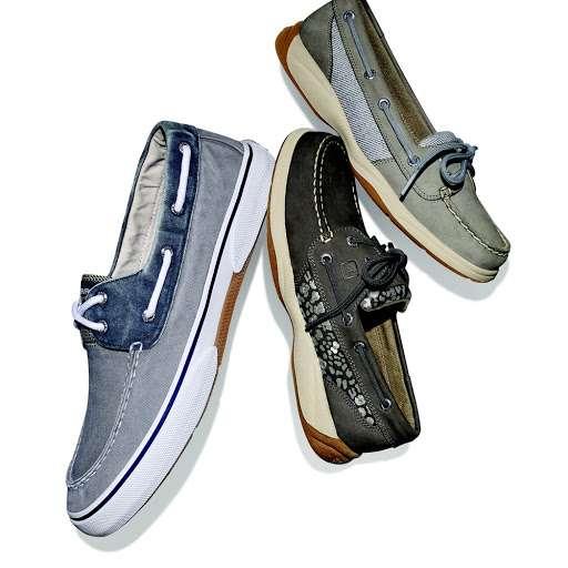 Famous Footwear - shoe store  | Photo 7 of 10 | Address: 389 Gateway Dr, Brooklyn, NY 11239, USA | Phone: (718) 306-5008