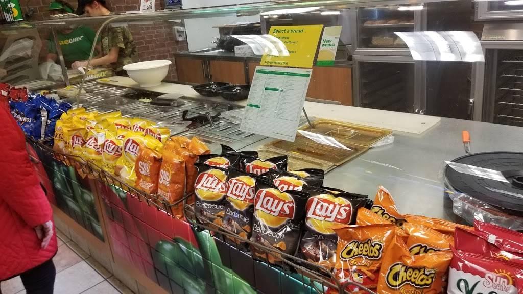 Subway - meal takeaway  | Photo 2 of 7 | Address: 1841 NW Vivion Rd, Riverside, MO 64150, USA | Phone: (816) 584-1069