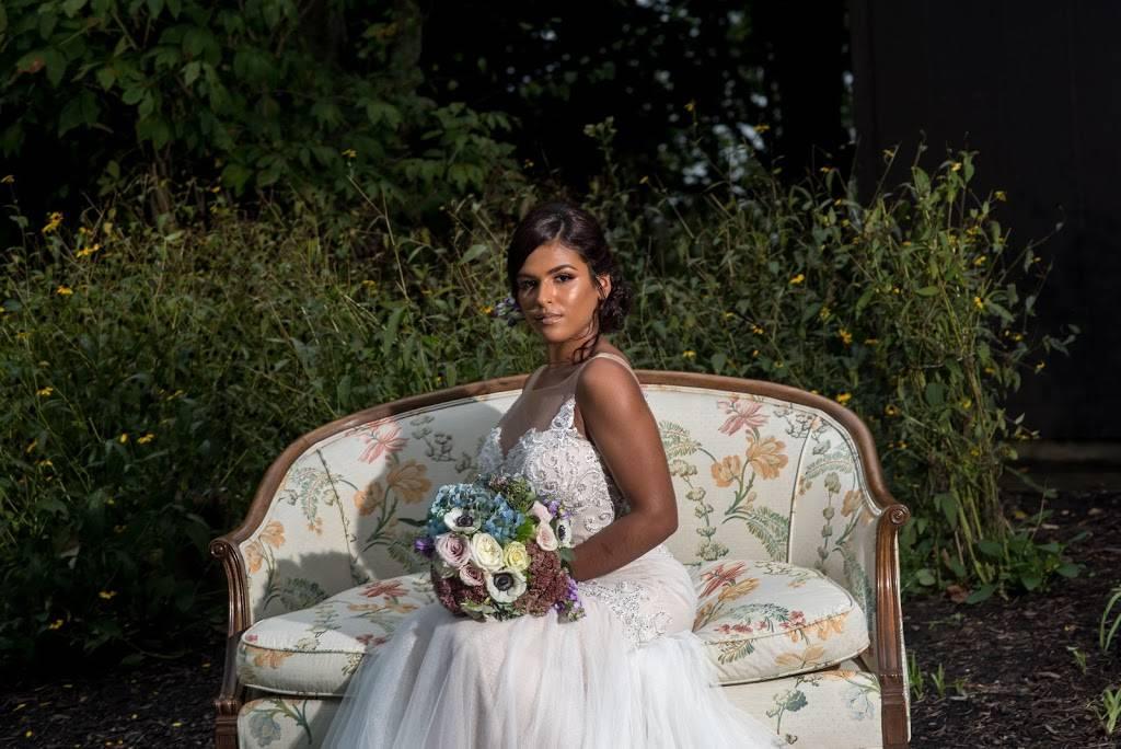 Bella Mane by Manesha - hair care  | Photo 1 of 10 | Address: 15314 Detroit Ave suite 102, Lakewood, OH 44107, USA | Phone: (216) 386-0398