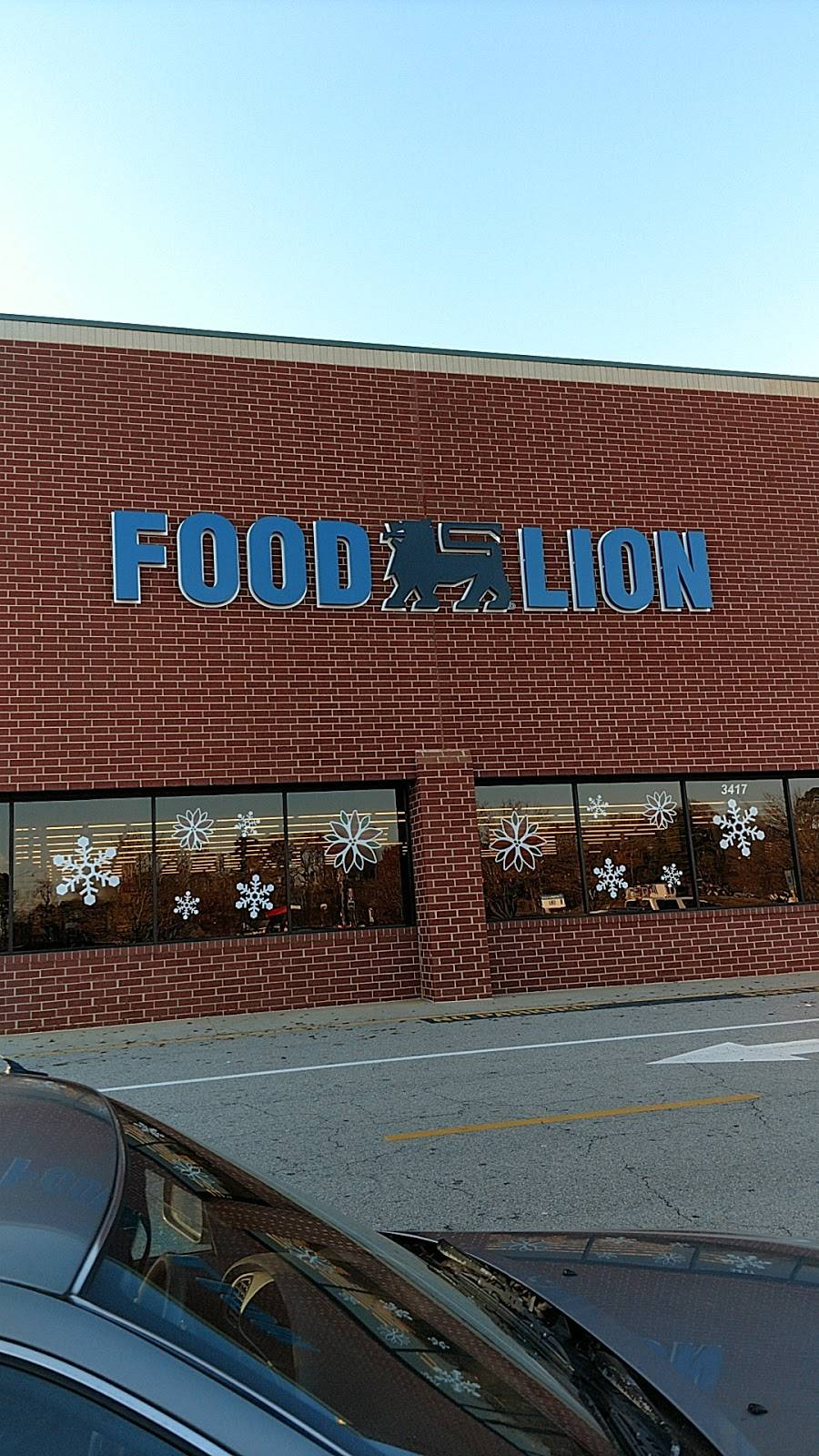 Food Lion - store  | Photo 1 of 9 | Address: 3417 N Main St, Fuquay-Varina, NC 27526, USA | Phone: (919) 577-0555
