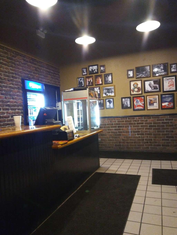 Rosatis Pizza - restaurant  | Photo 3 of 4 | Address: 177 N Neltnor Blvd, West Chicago, IL 60185, USA | Phone: (630) 876-0606