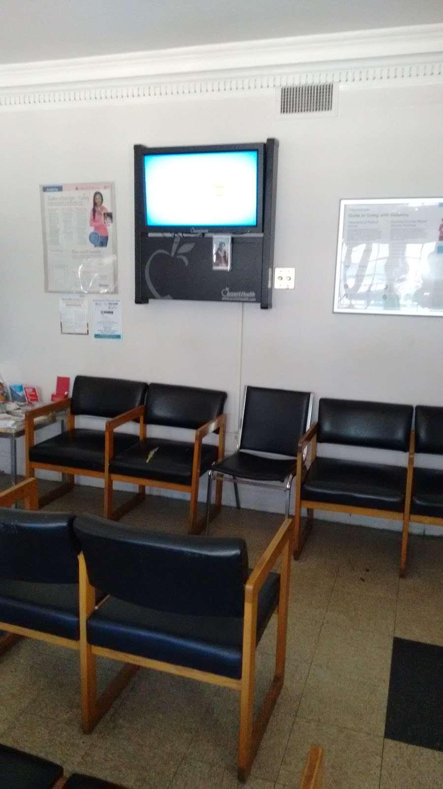 Ocean Family Care Center - health  | Photo 1 of 2 | Address: 622 Ocean Ave, Brooklyn, NY 11226, USA | Phone: (718) 693-2800
