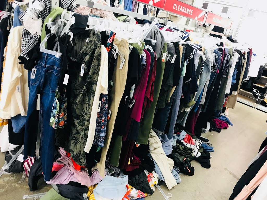 Old Navy - clothing store  | Photo 2 of 10 | Address: 139-15 20th Ave, College Point, NY 11356, USA | Phone: (718) 461-6986