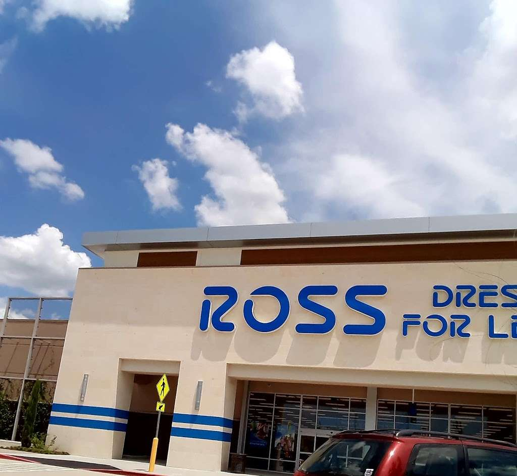 Ross Dress for Less - clothing store  | Photo 9 of 10 | Address: 6545 Spring Stuebner Rd, Spring, TX 77379, USA | Phone: (281) 370-0389