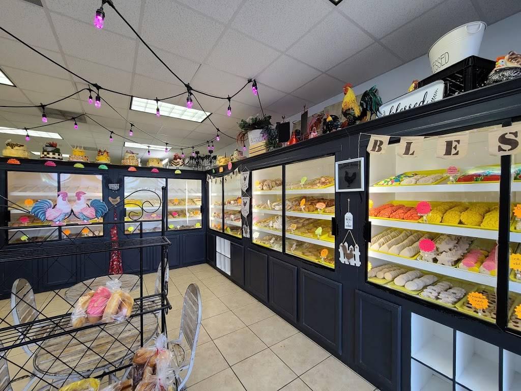 Los Pasteles Bakery - bakery  | Photo 7 of 9 | Address: 102 Altamar Dr, Laredo, TX 78043, USA | Phone: (956) 568-0388