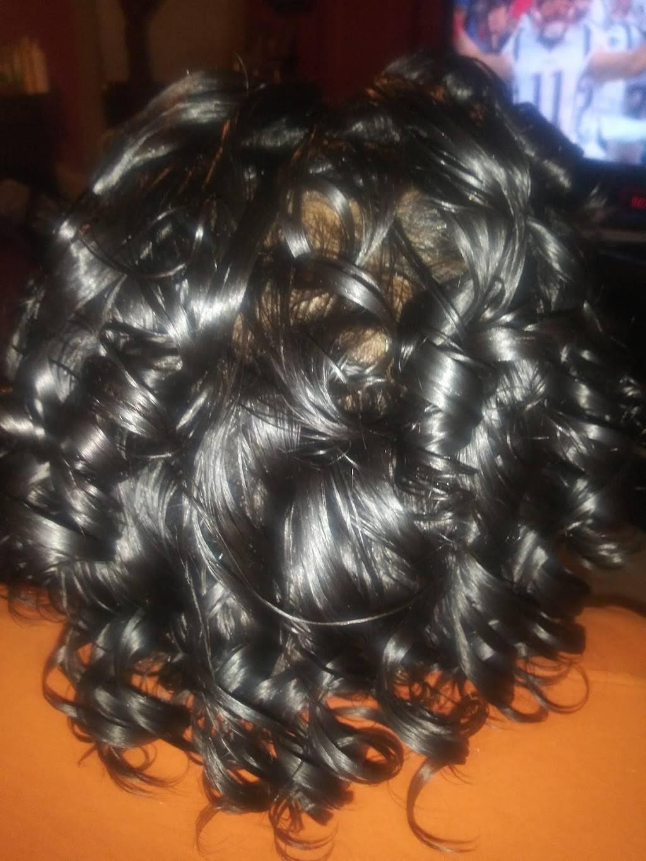 DomUnique Styles @ Arethas Salon - hair care    Photo 7 of 10   Address: 3533 E Joppa Rd, Parkville, MD 21234, USA   Phone: (443) 943-2904