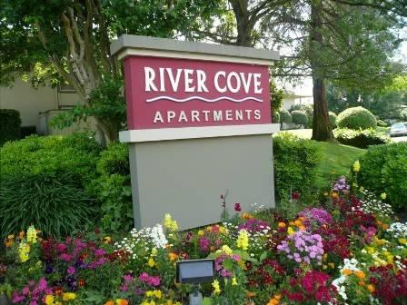 River Cove Apartments - real estate agency  | Photo 4 of 6 | Address: 6290 Fennwood Ct, Sacramento, CA 95831, USA | Phone: (916) 393-1930