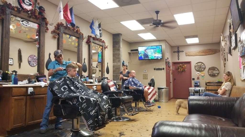 Glyna Maes Barber Shop - hair care  | Photo 9 of 10 | Address: 3250 SE 58th Ave, Ocala, FL 34480, USA | Phone: (352) 694-1500
