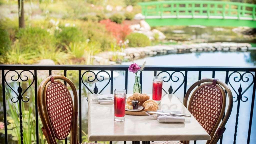 The Bistro & Wine Bar - restaurant    Photo 1 of 10   Address: 35 Landmark Dr, Plymouth, MA 02360, USA   Phone: (508) 209-2324