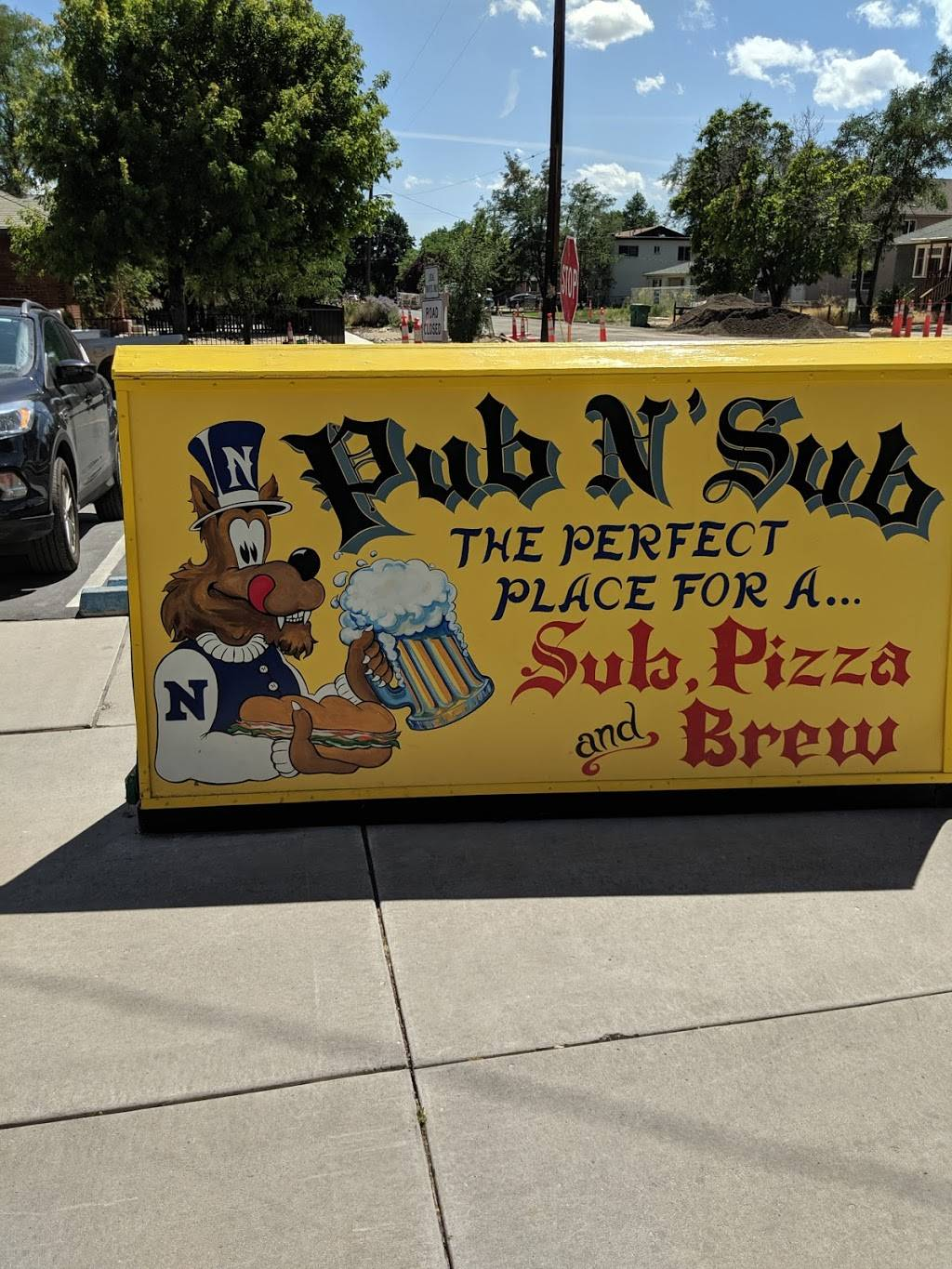 Pub N Sub - meal takeaway  | Photo 5 of 10 | Address: 1000 Ralston St, Reno, NV 89503, USA | Phone: (775) 322-8540
