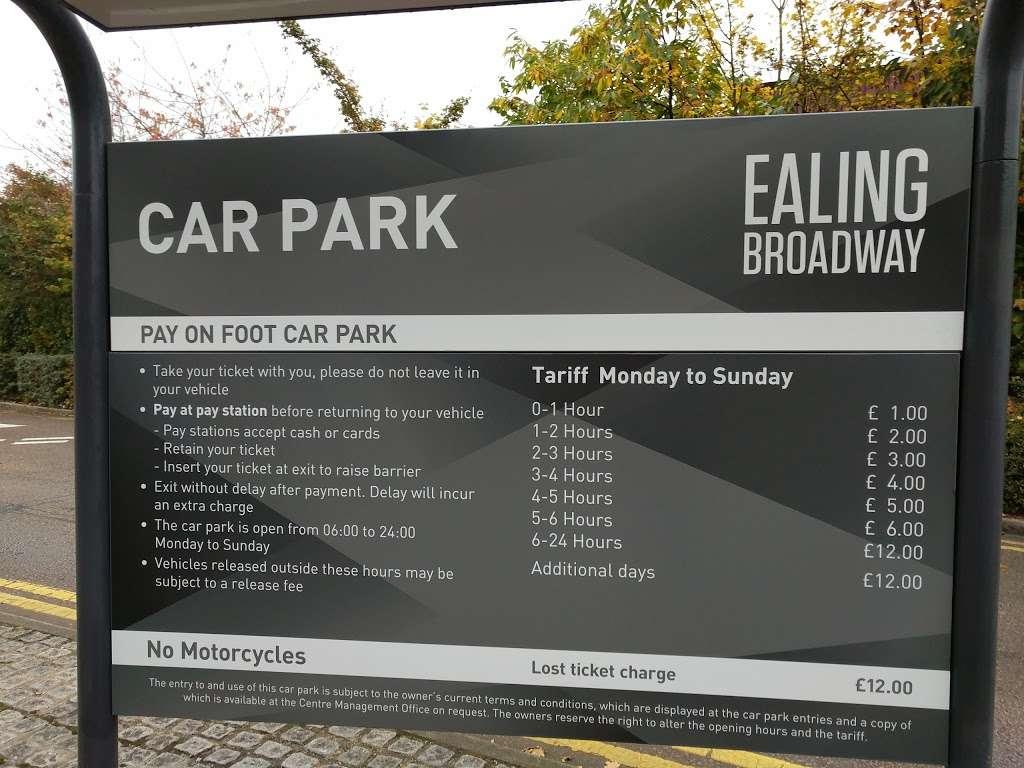 Parking Ealing Broadway - parking  | Photo 1 of 1 | Address: 6 The Grove, London W5 5LH, UK