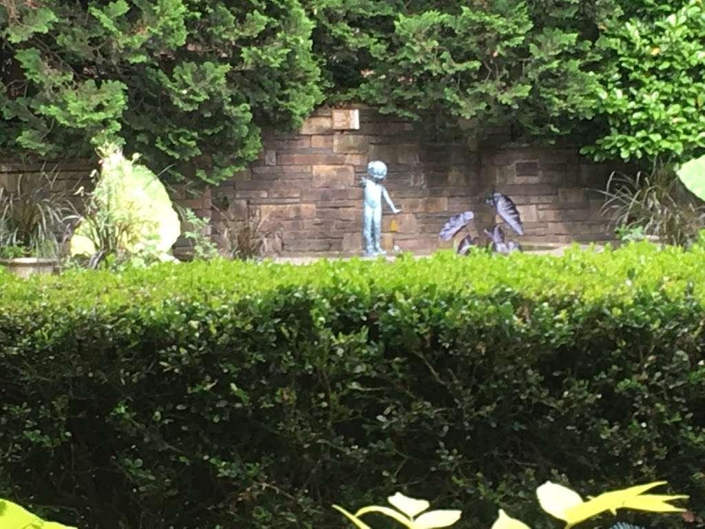 Fragrance Garden Alice Recknagel Ireys - park  | Photo 5 of 10 | Address: 998 Mary Pinkett Avenue, Brooklyn, NY 11225, USA | Phone: (718) 623-7200