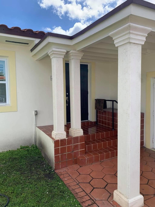 Keystone Creative Designs Inc - cemetery  | Photo 9 of 10 | Address: 2741 W 3rd Ct, Hialeah, FL 33010, USA | Phone: (305) 885-4217