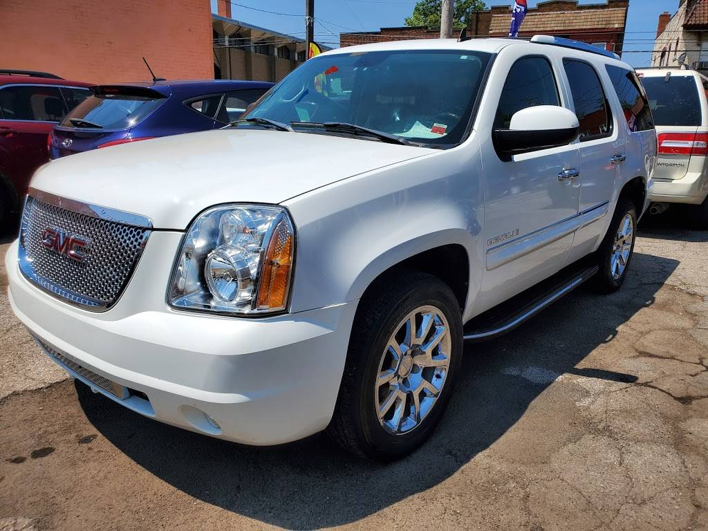 Top View Auto - car dealer  | Photo 4 of 9 | Address: 12715 Lorain Ave, Cleveland, OH 44111, USA | Phone: (216) 727-0022