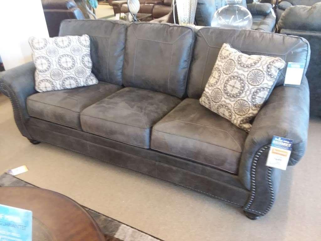 Farmers Home Furniture - furniture store  | Photo 4 of 7 | Address: 401 S Battleground Ave, Kings Mountain, NC 28086, USA | Phone: (704) 734-4770