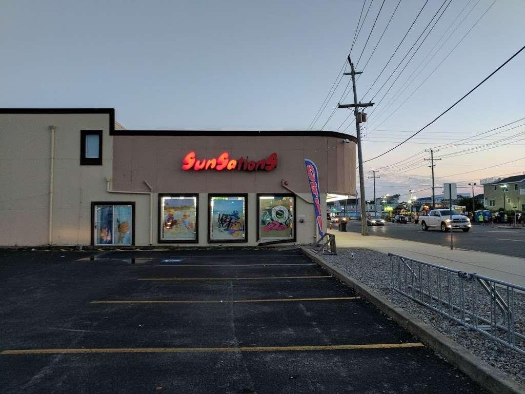 Sunsations - clothing store  | Photo 5 of 9 | Address: 2210 Long Beach Blvd, Ship Bottom, NJ 08008, USA | Phone: (609) 361-6264