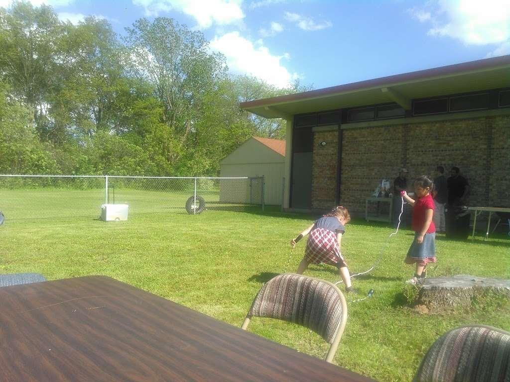 Heritage Baptist church - church  | Photo 2 of 6 | Address: 2313 17th Ave, Kenosha, WI 53140, USA | Phone: (262) 654-4665