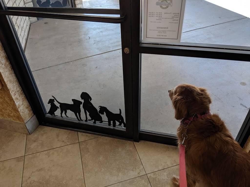 Anderson Animal Clinic - veterinary care  | Photo 7 of 10 | Address: 2650 W Baseline Rd, Mesa, AZ 85202, USA | Phone: (480) 838-3682