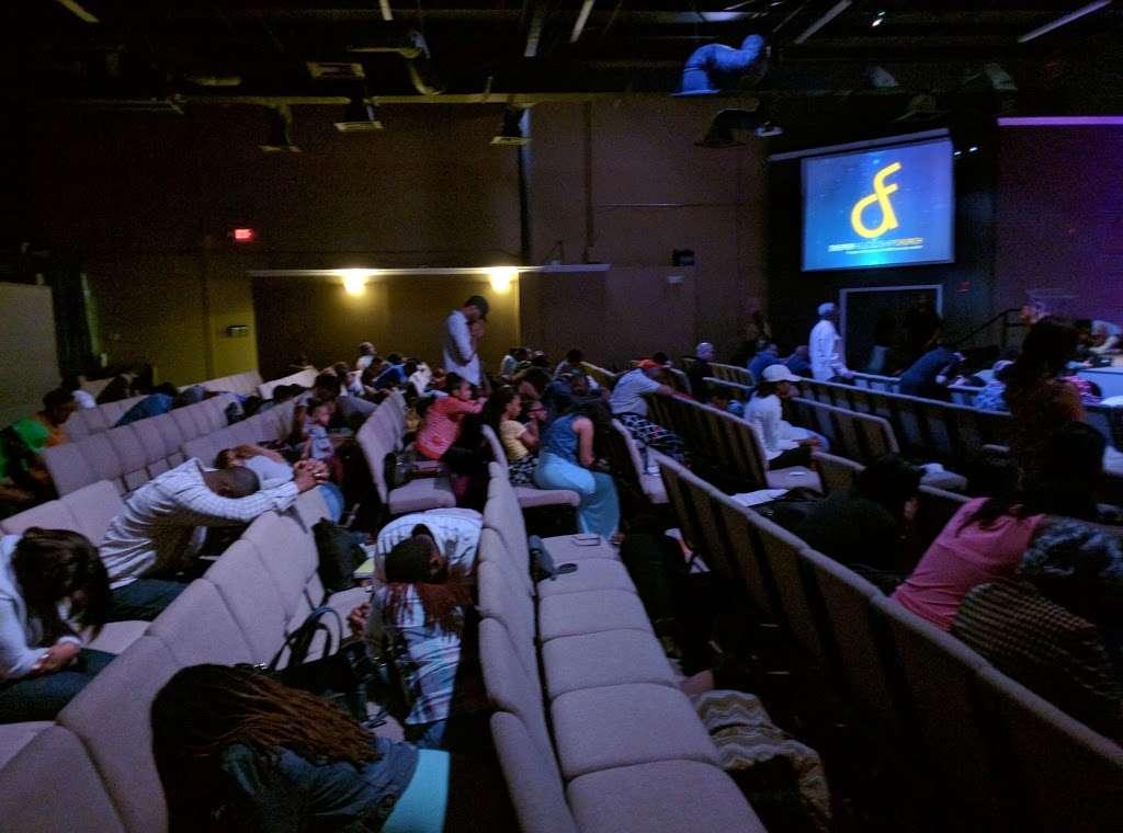 Deeper Fellowship Church - church    Photo 3 of 10   Address: 170 Sunport Ln #900, Orlando, FL 32809, USA   Phone: (407) 413-5033