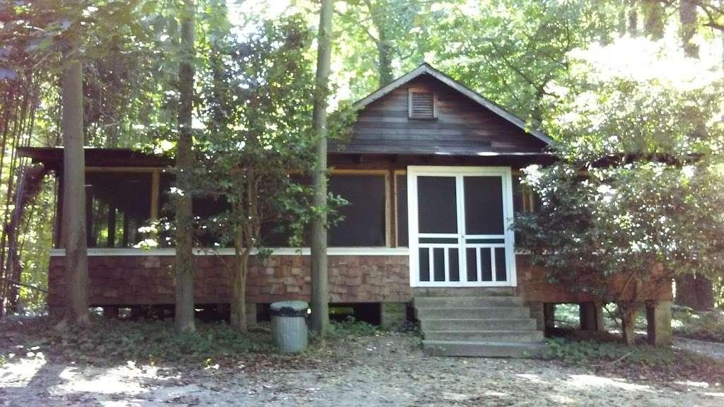 Matoaka Beach Cabins - real estate agency  | Photo 6 of 10 | Address: 4510 Matoaka Ln, St Leonard, MD 20685, USA | Phone: (410) 586-0269