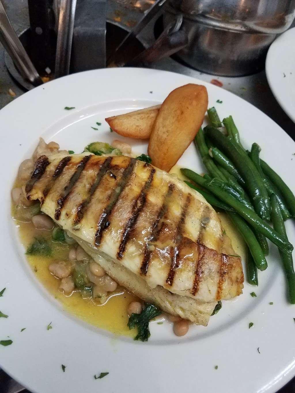 Goodfellas Ristorante - restaurant    Photo 10 of 10   Address: 661 Midland Ave, Garfield, NJ 07026, USA   Phone: (973) 478-4000