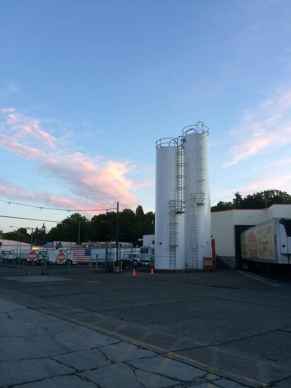Darigold Warehouse - storage    Photo 4 of 10   Address: 4058 Rainier Ave S, Seattle, WA 98118, USA   Phone: (206) 725-9950
