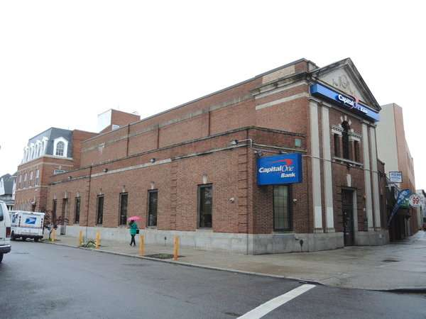 Capital One Bank - bank  | Photo 2 of 8 | Address: 115-20 Jamaica Ave, Richmond Hill, NY 11418, USA | Phone: (718) 849-0901