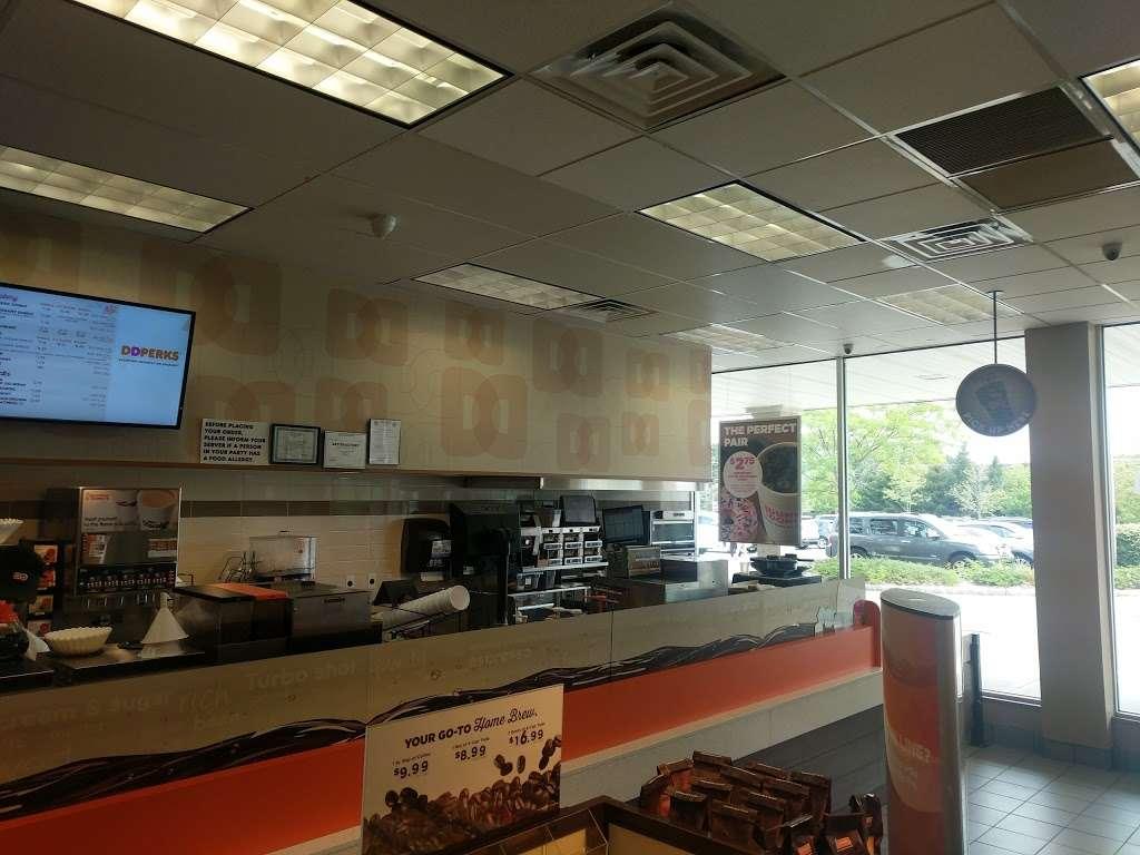 Dunkin Donuts - cafe  | Photo 8 of 10 | Address: 1039 US-46, Ledgewood, NJ 07852, USA | Phone: (973) 927-1044