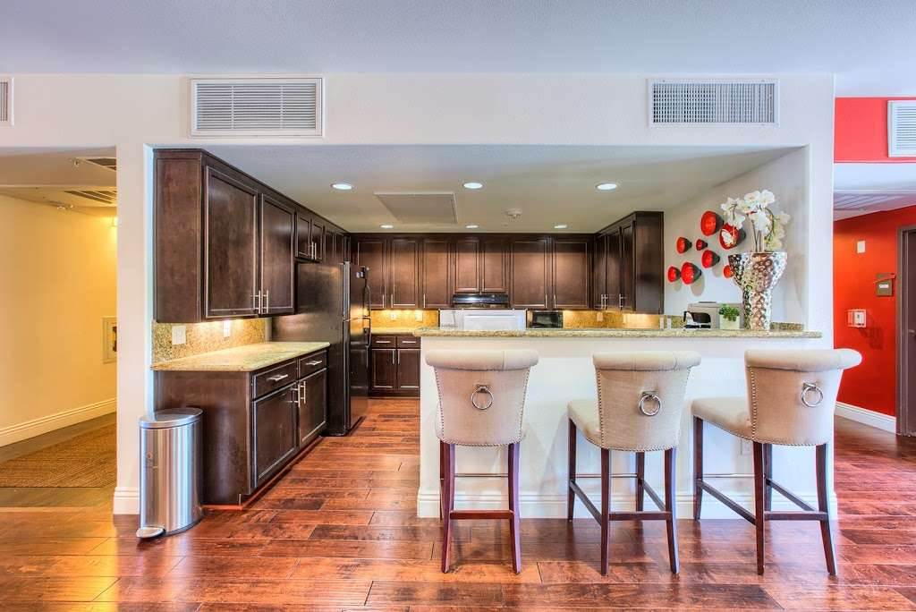 Tempo Senior Apartments - real estate agency  | Photo 9 of 10 | Address: 5625 S Hollywood Blvd, Las Vegas, NV 89122, USA | Phone: (702) 990-2771