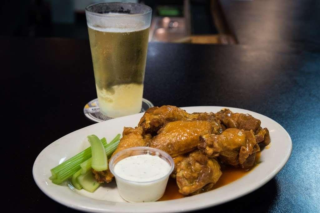 Jon's Tavern & Grill - restaurant  | Photo 6 of 10 | Address: 1302 N Van Lingle Mungo Blvd, Pageland, SC 29728, USA | Phone: (843) 672-6175