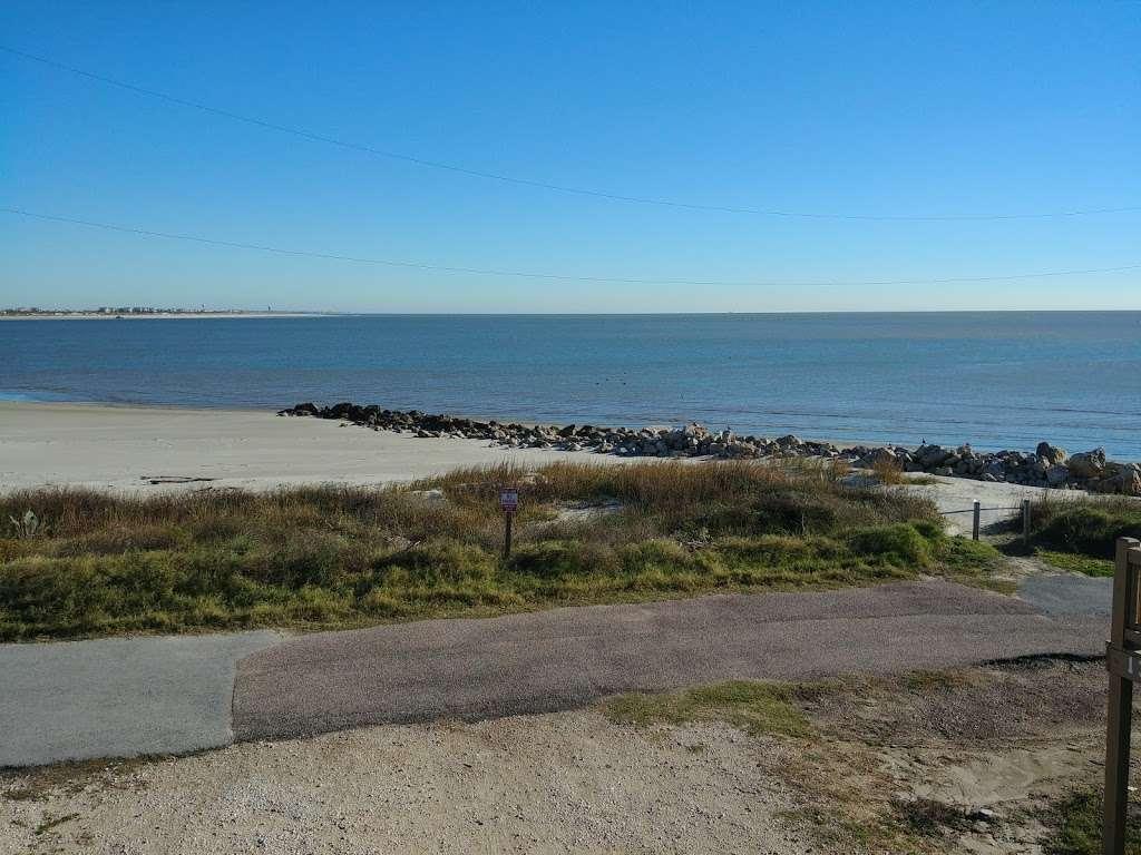 3D Beach - lodging  | Photo 8 of 10 | Address: 13115 Gulf Beach Dr, Freeport, TX 77541, USA | Phone: (713) 204-8054